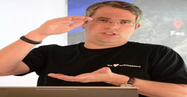 matt-cutts-algorithm-positions-video-870x320