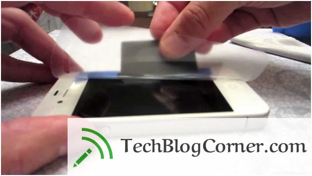 5 Ways to Apply Screen Protector On iPhones & iPads 2
