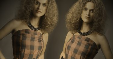 Mirror-image-photoshop